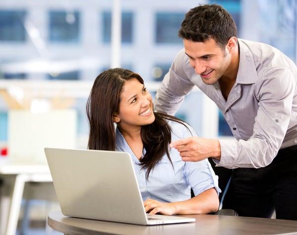 5-practicas-para-actualizar-a-los-asesores-de-tu-Contact-Center-y-mejorar-tu-servicio-de-atencion-al-cliente