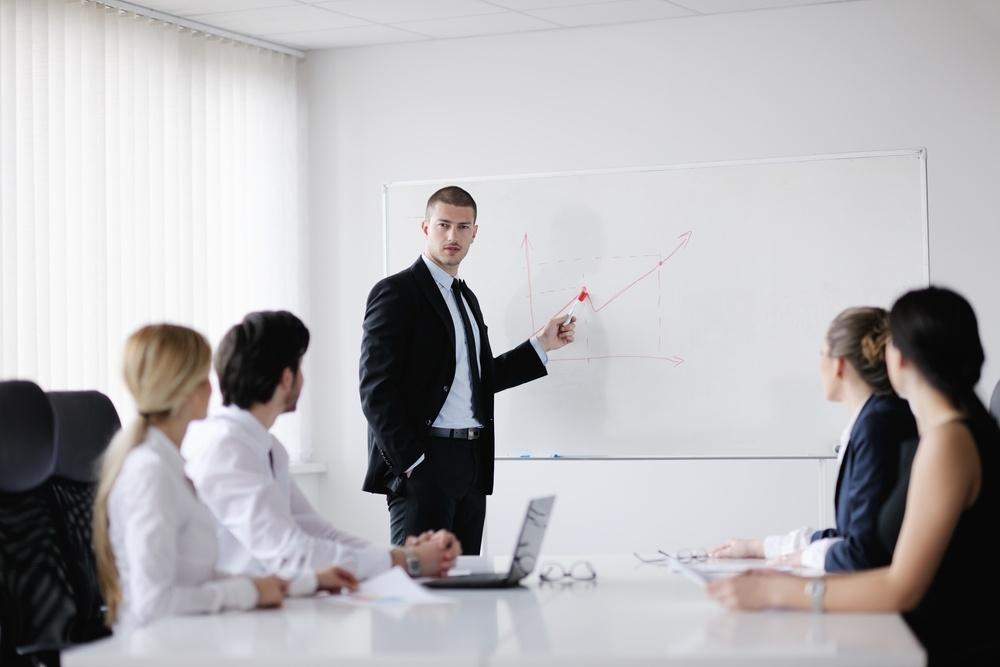 nuestros-asesores-son-la-clave-de-la-satisfaccion-de-tus-clientes