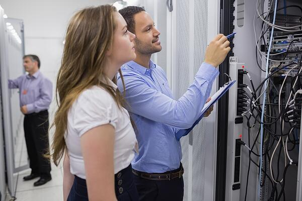 Las-herramientas-tecnológicas-que-debe-tener-un-Contact-Center-para- mejorar-tu-servicio-de-atencion-al-cliente
